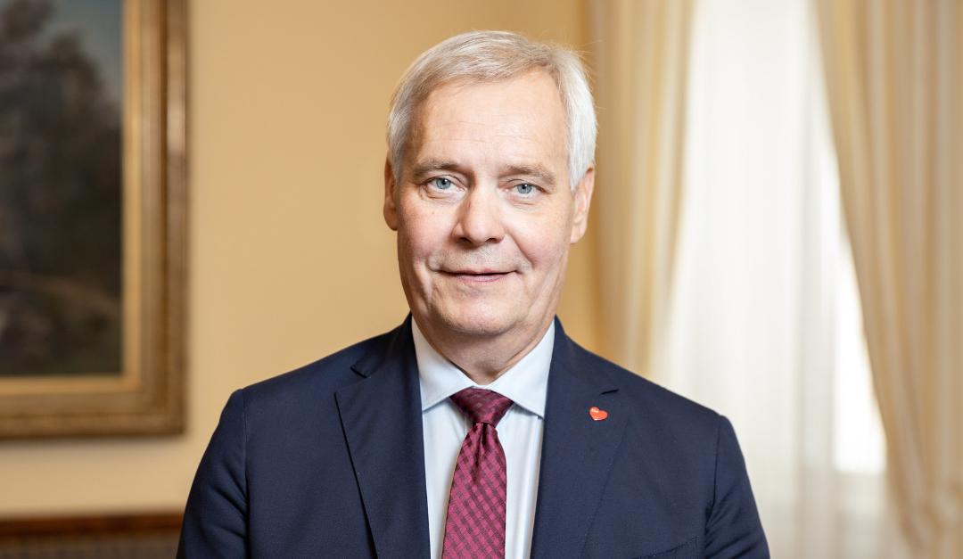 Antti Rinne Demarinuorten kunniajäseniksi